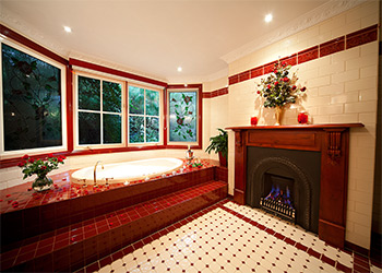 Leura Rose Spa Batch & Gas Fireplace