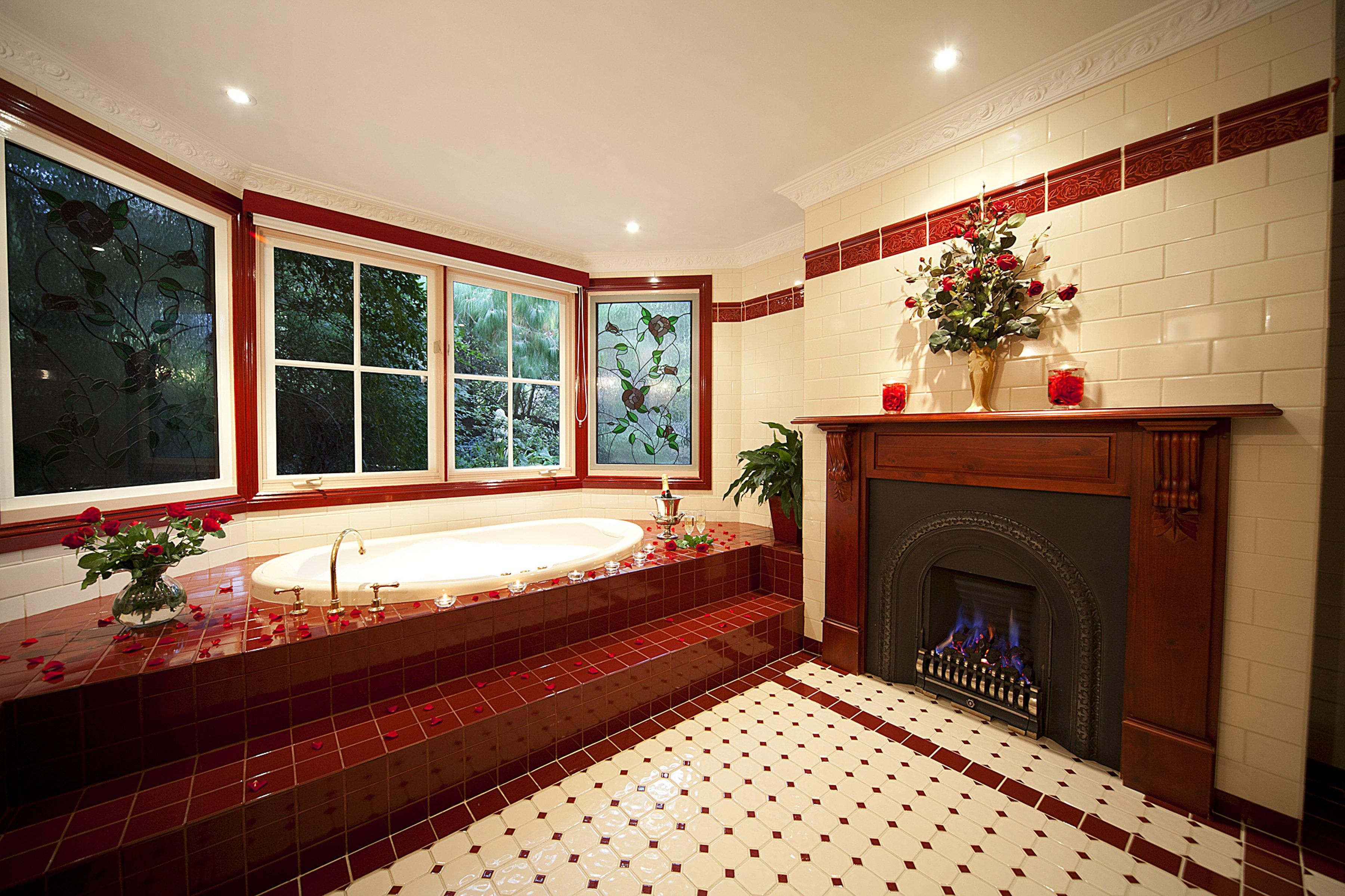 spa bathroom in leura